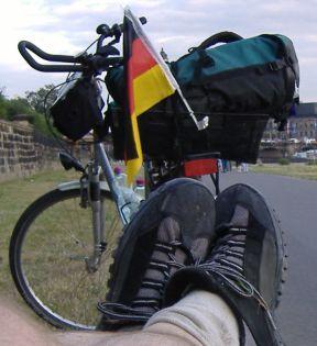 chris on the bike elbe hamburg dresden equipment. Black Bedroom Furniture Sets. Home Design Ideas