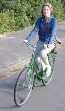 Iris, the green bike girl